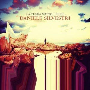 la-terra-sotto-i-piedi-daniele-silvestri-cover-ts1556843484